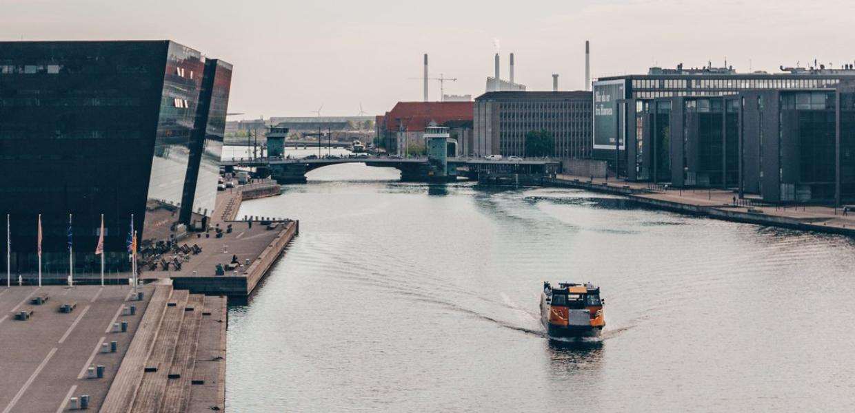 Cruise around Copenhagen with the harbour buses