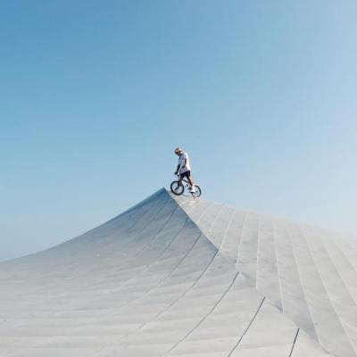 Red Bull BMX-Fahrer Kriss Kyle auf Den Blå Planet, dem Nationalen Aquarium Dänemarks