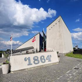 The History Centre Dybbøl Banke tells about the war in 1864 between Germany and Denmark